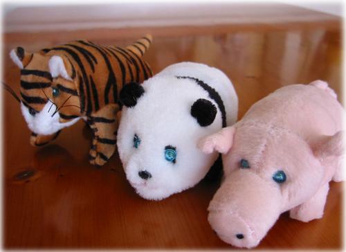 「エレクトリック・パンダ、虎、豚」